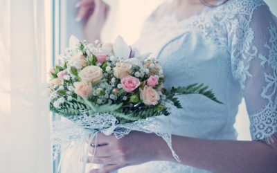 6 Wedding Traditions That Shock Engaged Couples